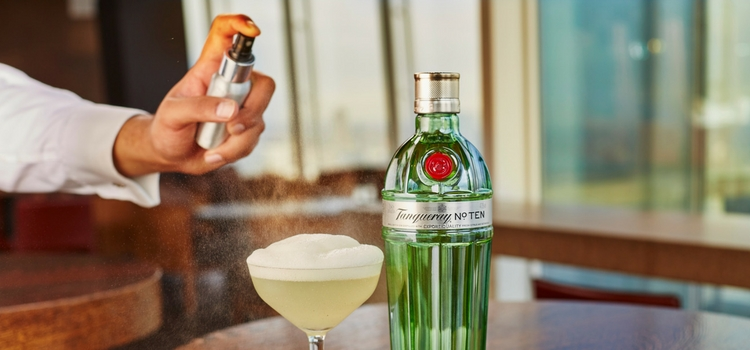 TANQUERAY NO. TEN PARTNERS WITH OBLIX TO CREATE TREEHOUSE DRINKING EXPERIENCE
