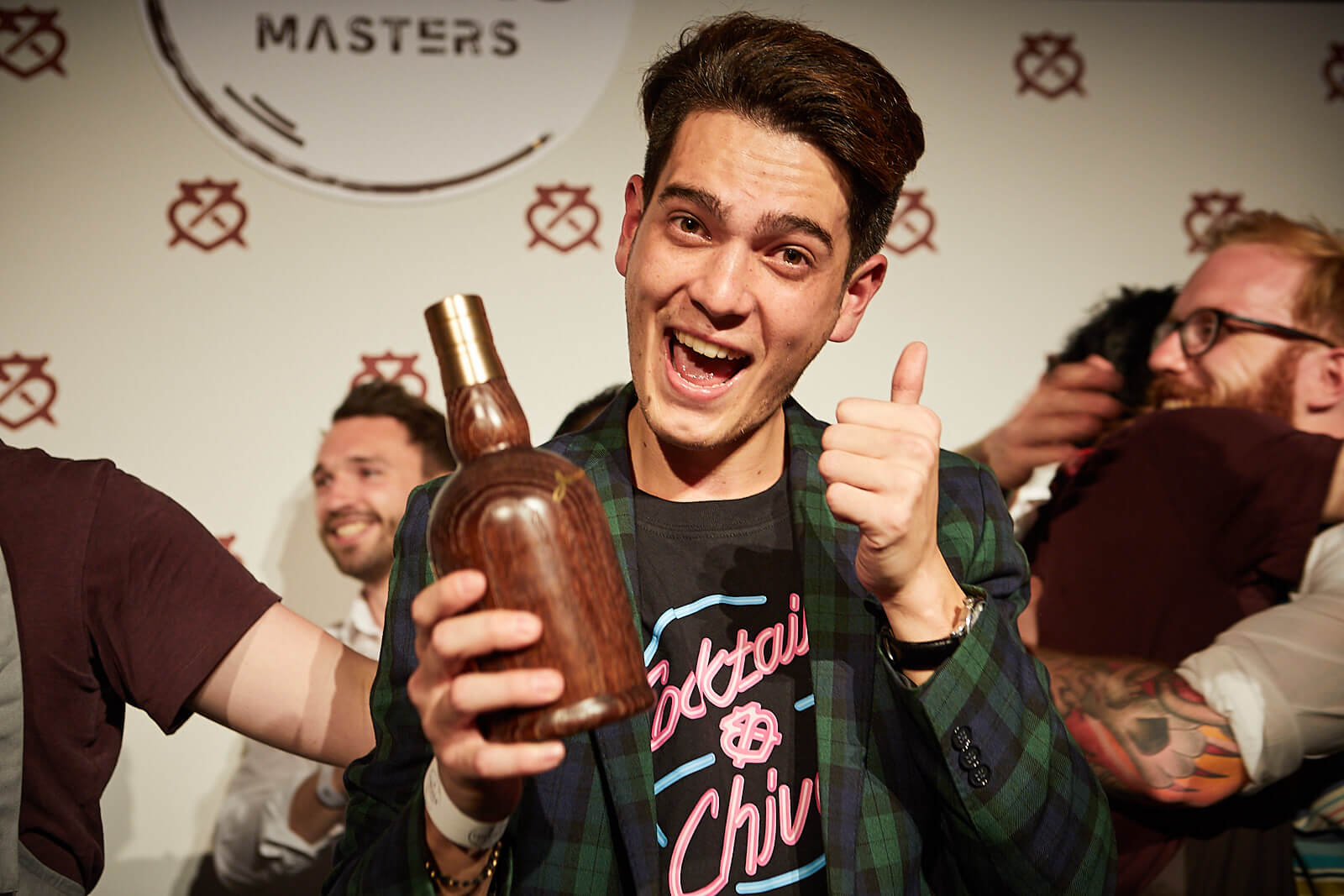 ARRON GRENDON PROVIDES A MASTERCLASS IN TEAM SPIRIT TO RECEIVE THE 2018 CHIVAS MASTERS CROWN