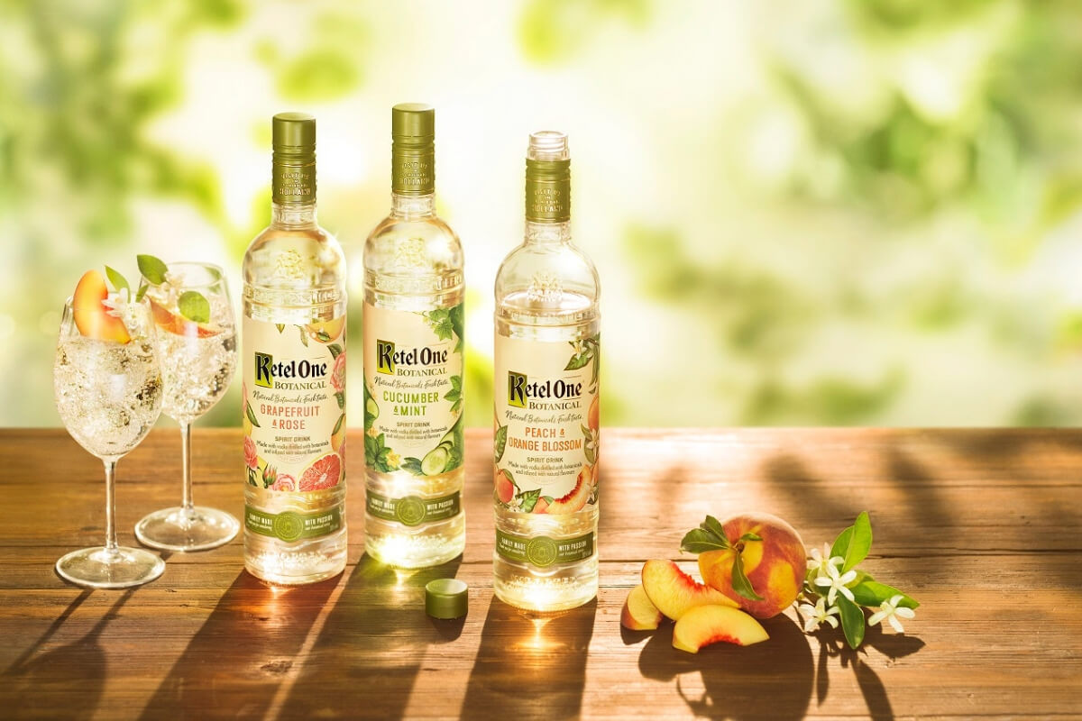 Ketel One Botanical Peach & Orange Blossom Spritz