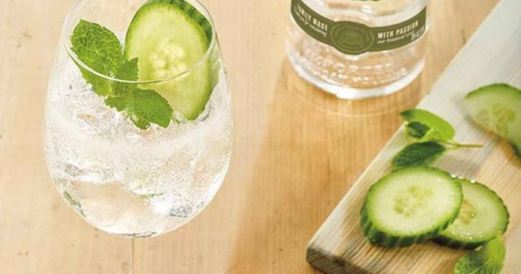 How to Make the Ketel One Botanical Cucumber & Mint Spritz