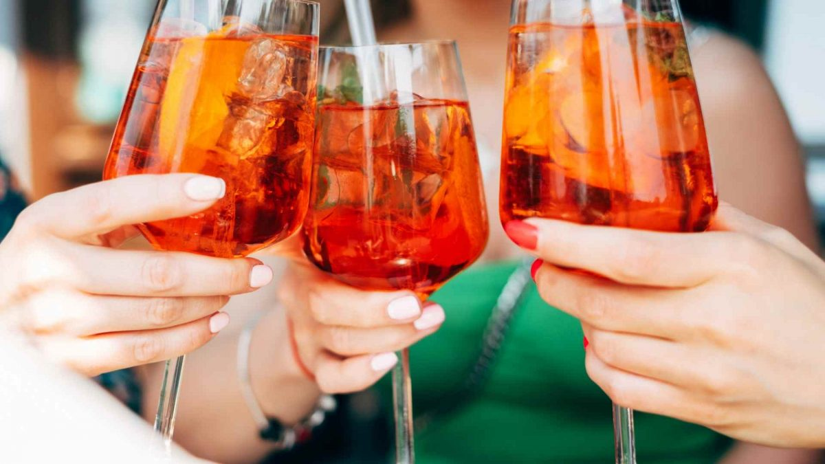 How to Make a Venetian Aperol Spritz