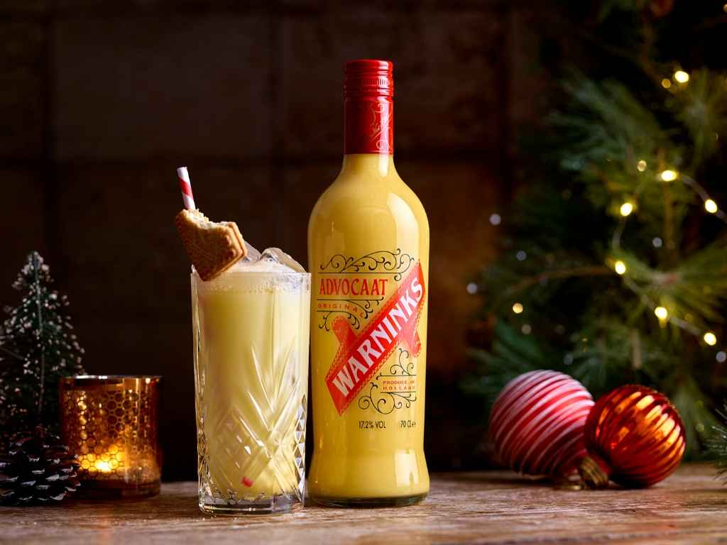 An easy Snowball cocktail recipe using Warnicks Advocaat!
