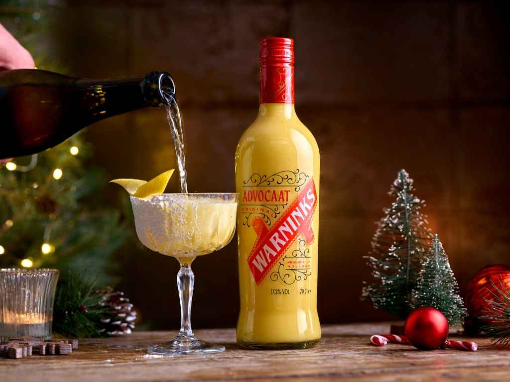 An easy Snowball cocktail recipe using Warnicks Advocaat.