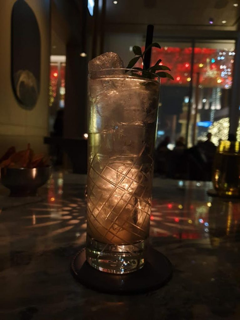 Best Bars of Chicago - The Z Bar at the Peninsula