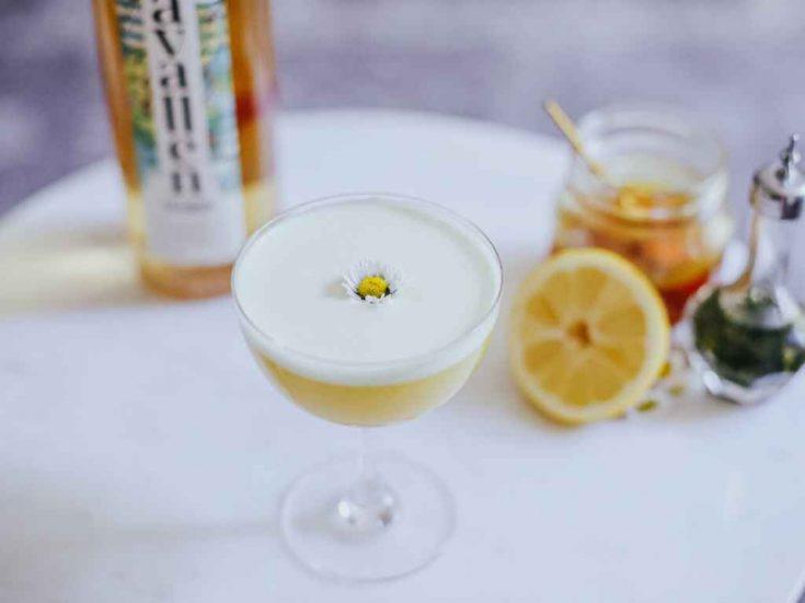 Avallen's Bee Well - Cocktail Recipe