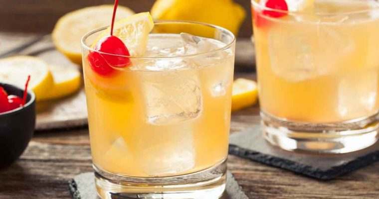 How to Make a Whisky Sour