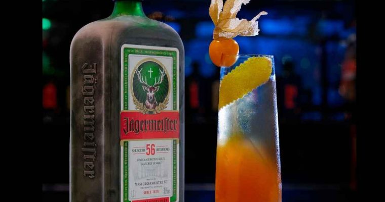 How to Make the Jägermeister Spritz
