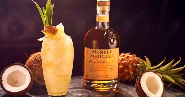 How to Make the (Smokey) Monkey Shoulder Pîna Colada – Cocktail Recipe