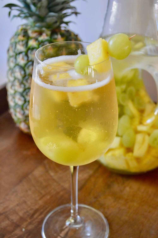 White Wine Spritzer (2)