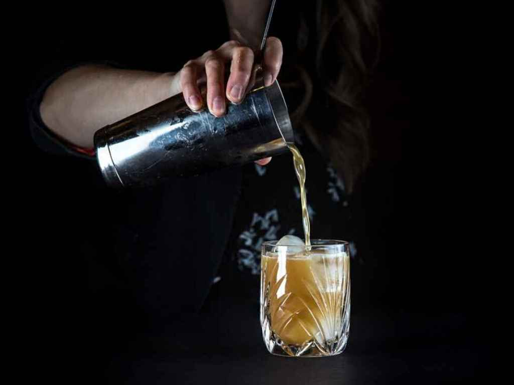 How To Make The Third Pole – Cocktail Recipe