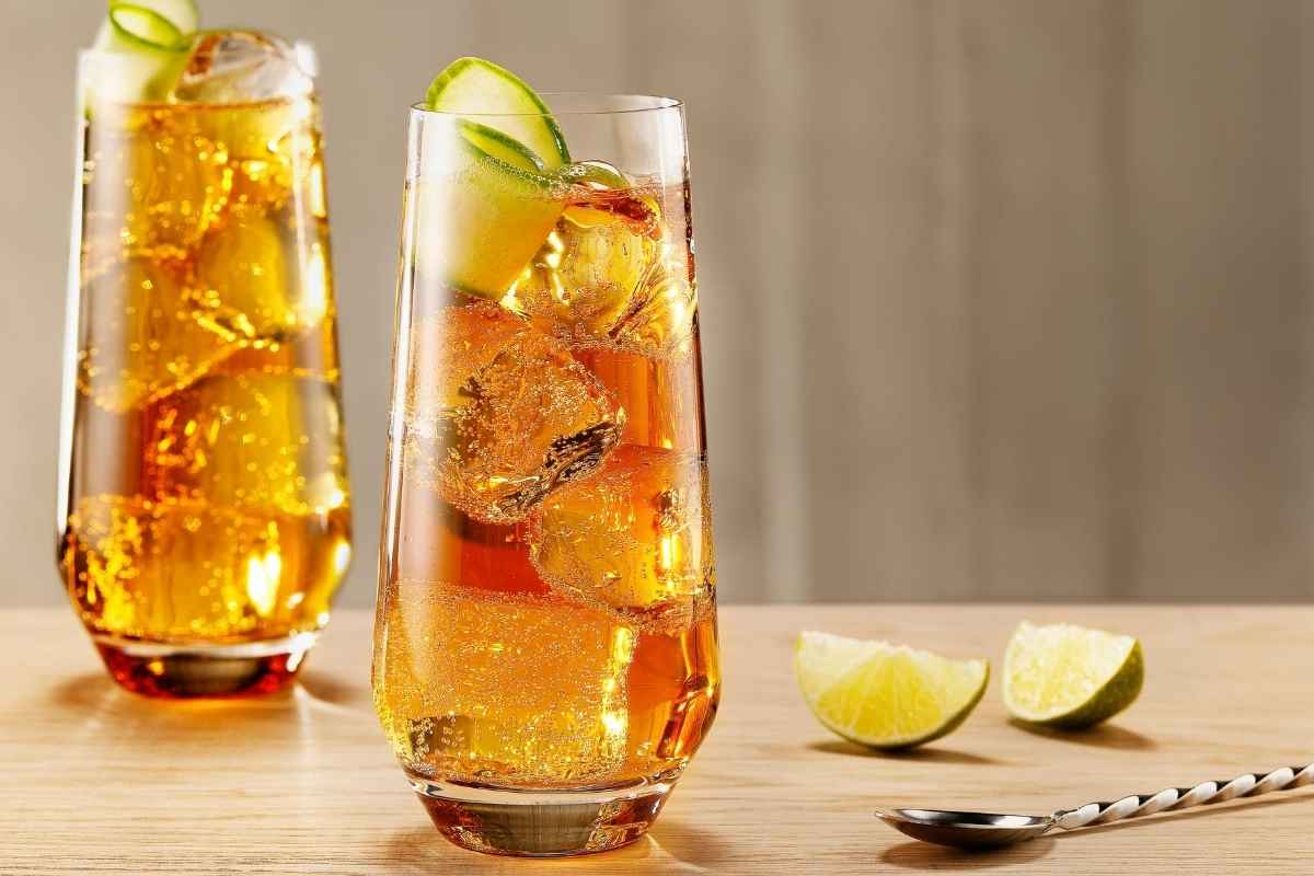 How to Make the Metaxa Ginger Rock