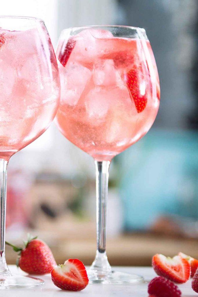Gordon's Pink Gin Spritz