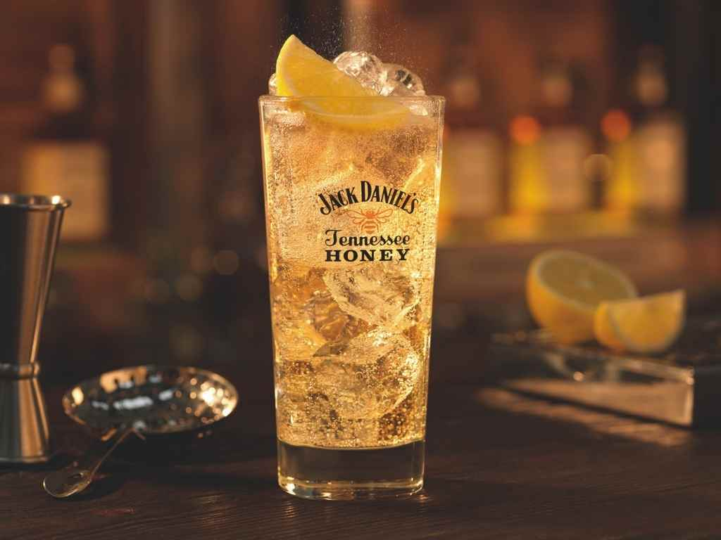 How to Make the Jack Daniel's Tennessee Cooler