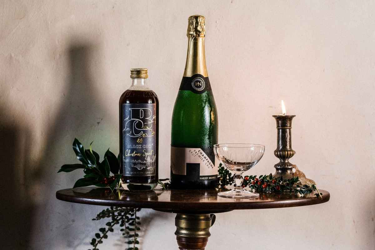 How to Make the Black Cow Christmas Spirit Champagne Cocktail