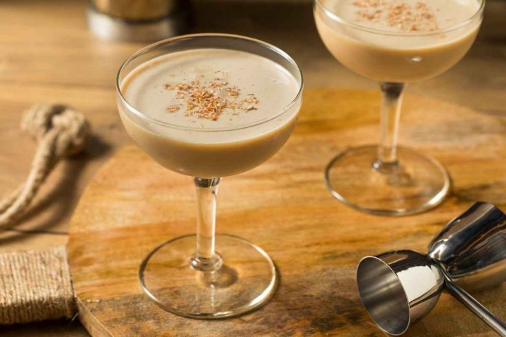 How to Make a Brandy Alexander