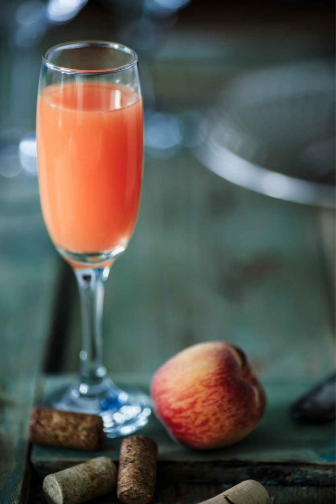 Bellini-with-peach