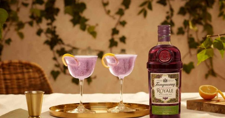How to Make the Tanqueray Blackcurrant Royale French 75