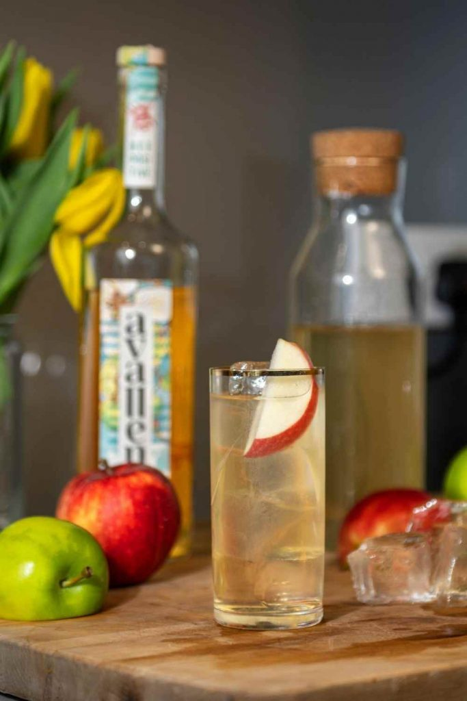 Avallen calvados and apples