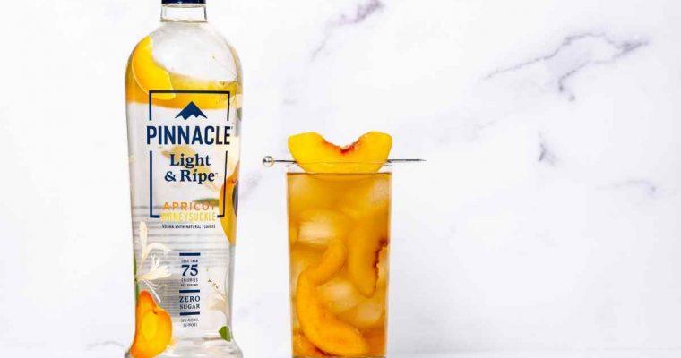 How to Make Pinnacle Vodka's Light & Ripe Apricot Honeysuckle Green Tea