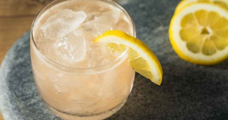 How to Make the Gin Sour