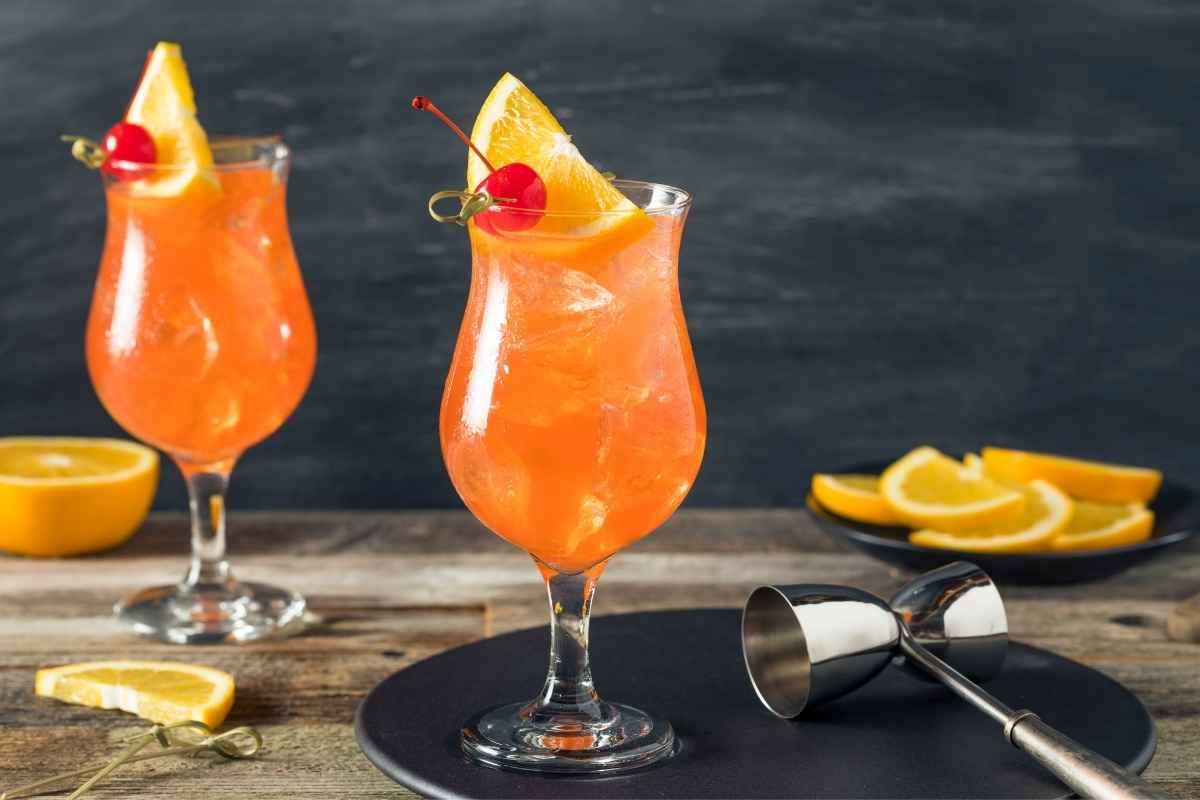 How to Make the Singapore Sling