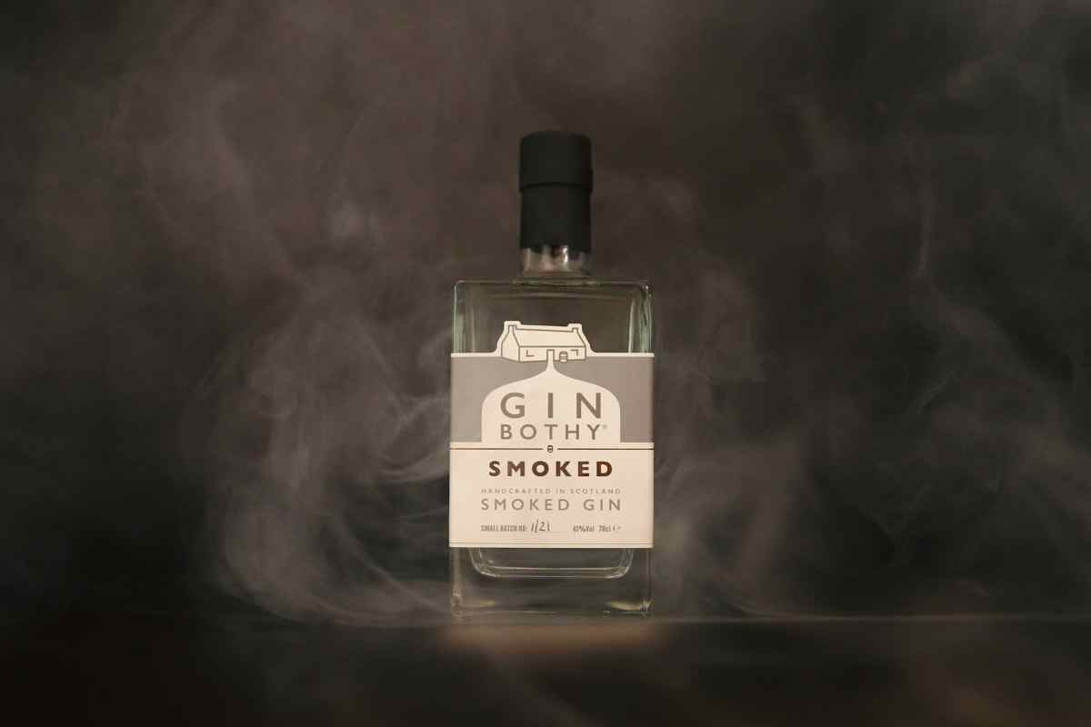 How to Drink Gin Bothy Smoked Gin – Spirit Review
