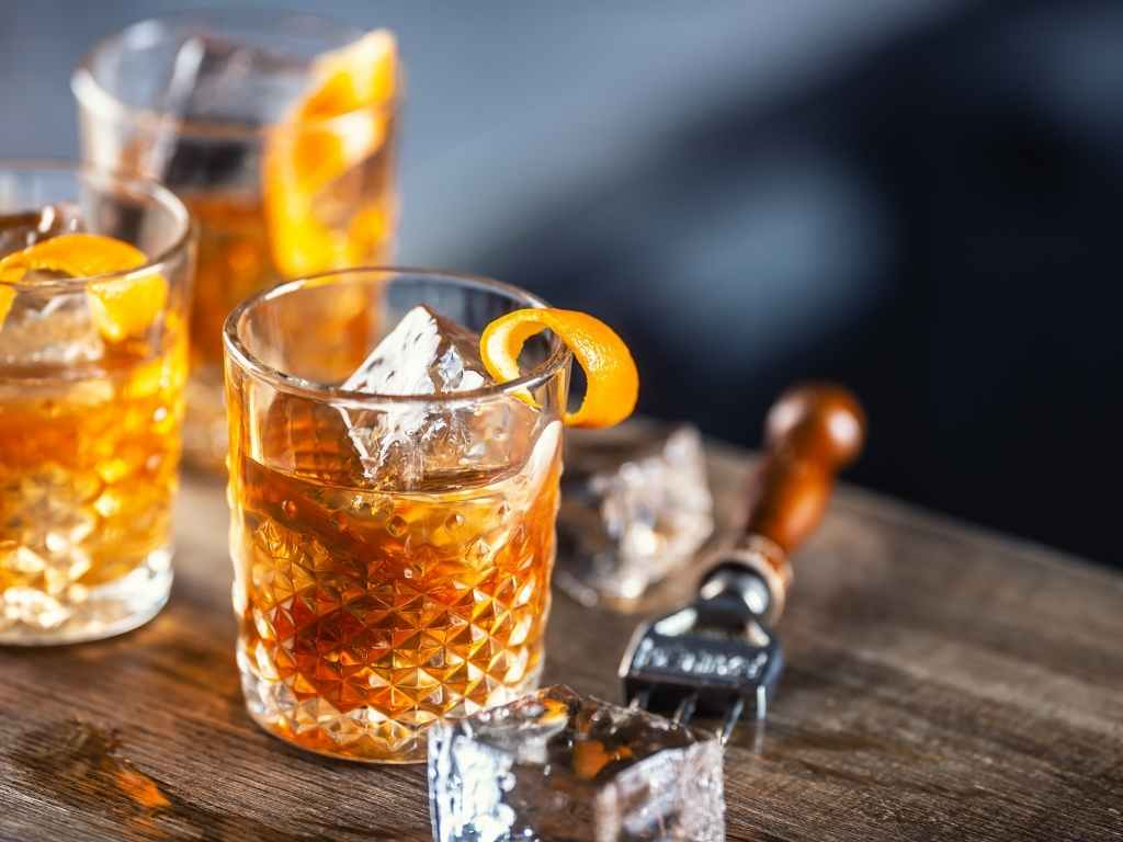 How to Make a Rum Old Fashioned